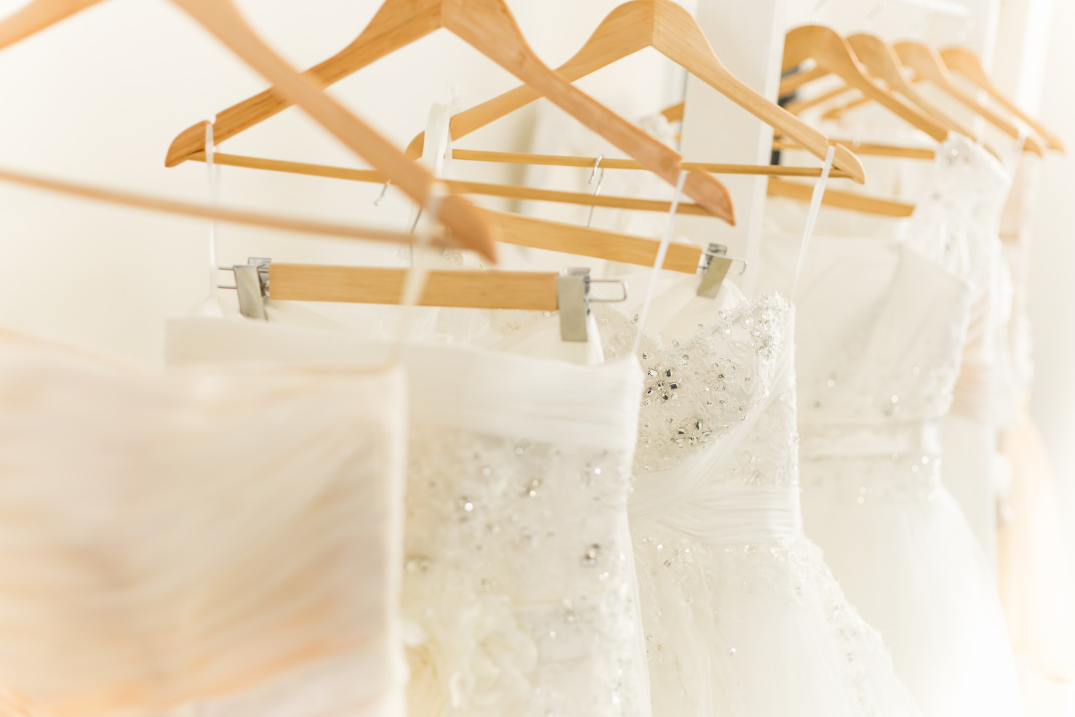How To Find (and Buy) Your Perfect Wedding Dress