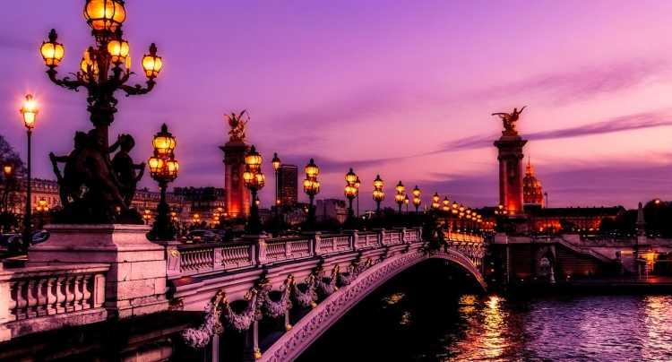 Paris et le cinéma romantique