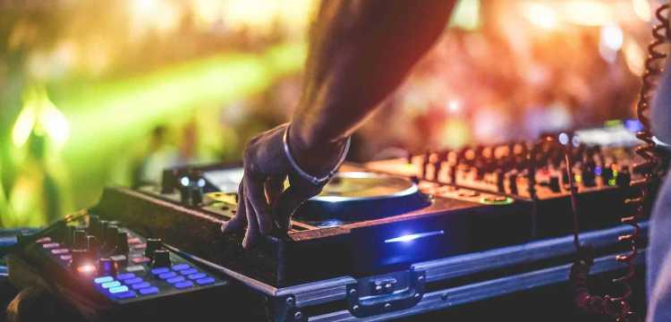 Grands DJs