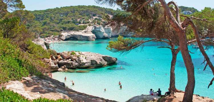 Todo lo que debes saber antes de visitar Menorca este verano