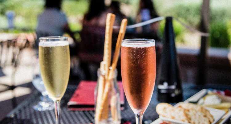 Vorstelijk ontbijten met champagne