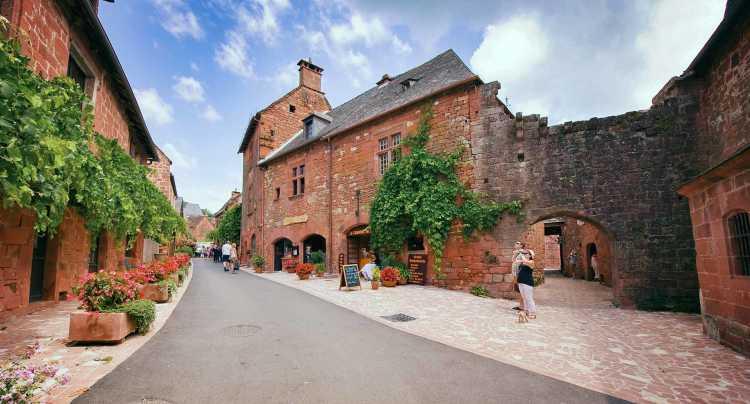 Tourisme dans les villages médiévaux