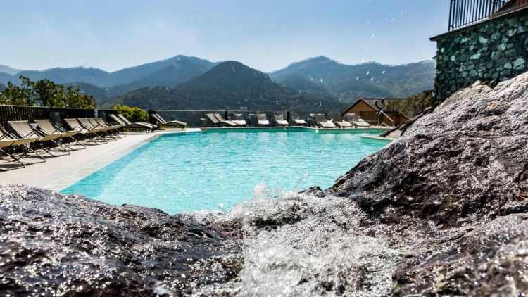 Borgo di Levanto. Weekend con piscina al Park Hotel Argento