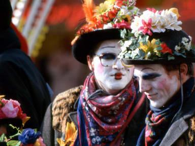 Costume traditionnel de mardi gras