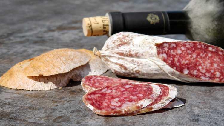 Una nostra proposta per un weekend a Firenze include una cena tipica toscana