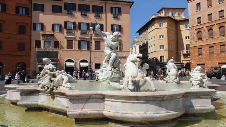 La Fontana del Nettuno, in Piazza Navona