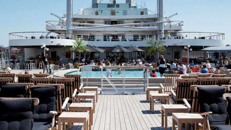 Hotel op cruiseschip, Rotterdam