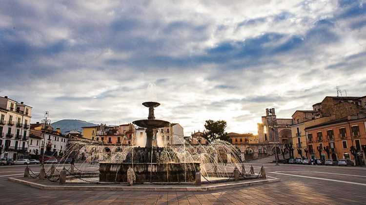 Sulmona città
