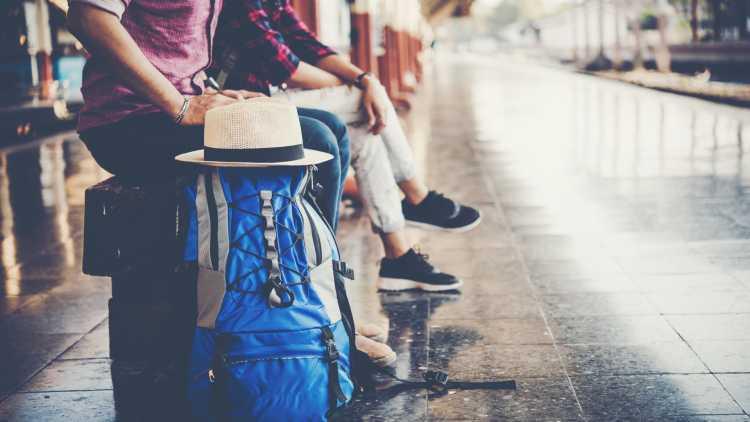 Viaggia con i mezzi pubblici