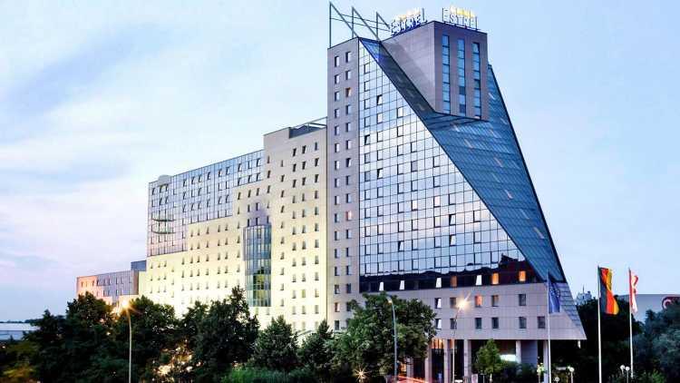 Gevel van het hotel