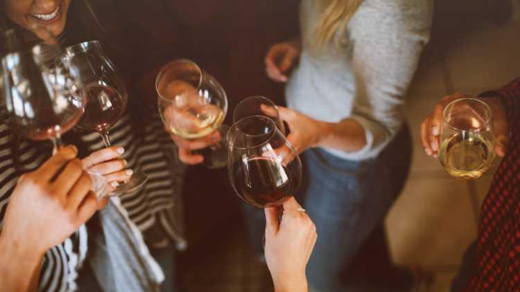 Wijn proeven hoort erbij!