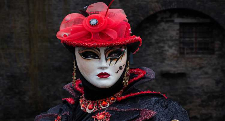 Trasgressioni e intrighi al Carnevale di Venezia