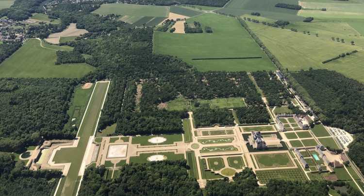 Château de Vaux-Le-Vicomte vue du ciel