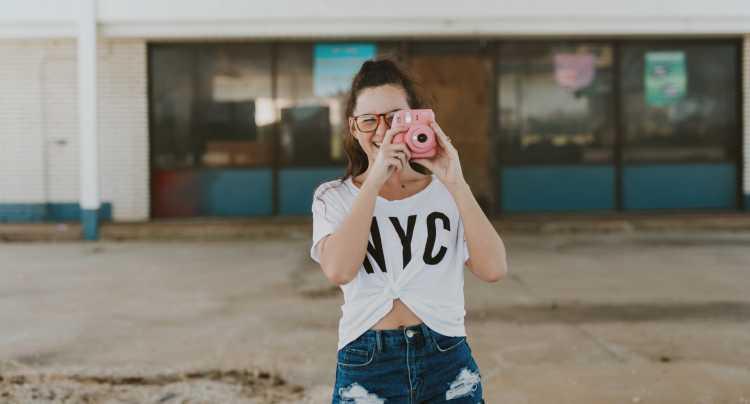 Iedereen maakt foto's op vakantie