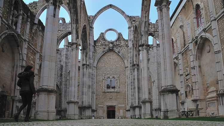 Ruinas de convento en Lisboa