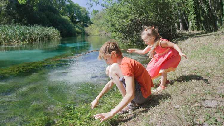 Il fiume Tirino in Abruzzo