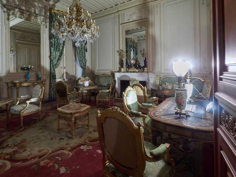 Salon du château de Puymartin