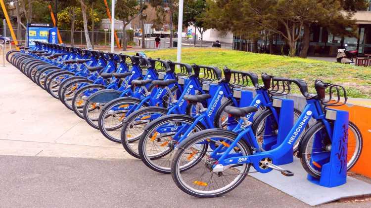 La bici condivisa è un'alternativa alle code in città