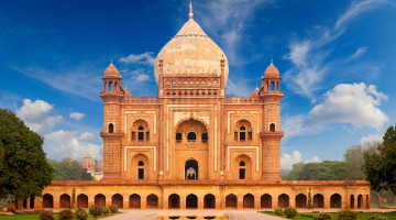 Cheap Flights to New Delhi