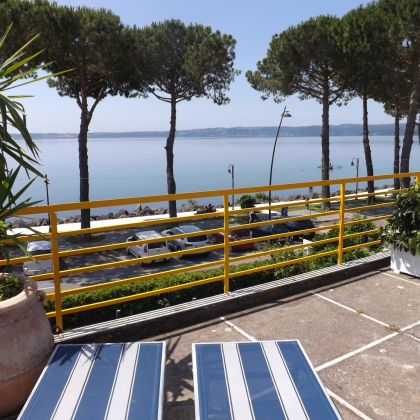 B&B La Terrazza sul Lago, Trevignano Romano: Deals & Booking | bh ...