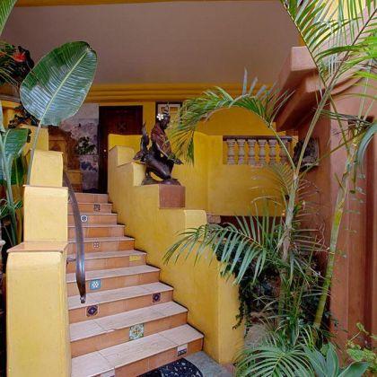Secret Garden Inn, Del Mar: Deals U0026 Booking | Bh.wego.com