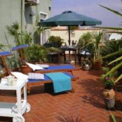 B&B La Terrazza Nelissen & Silvio, Cagliari: Deals & Booking   iq ...