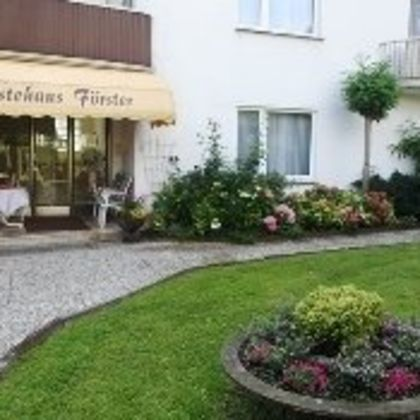 Brunnencafe Gastehaus, Horn-Bad Meinberg: Deals & Booking