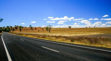 Cheap Flights to Tamworth