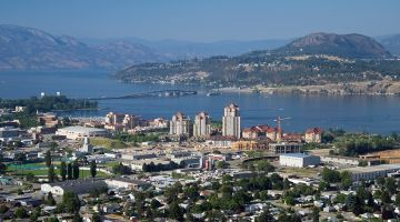 Cheap Flights to Kelowna