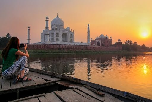 Celebrate India's Artistic Side at Taj Mahotsav 2020: Welcome to Agra!