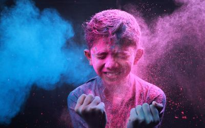10 Best Places to celebrate Holi in India