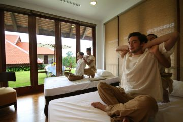 2Anantara Angkor Resort_Khmer Massage Suite with Pocket Garden