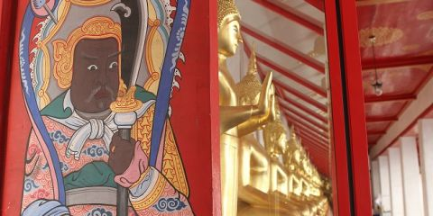 Chinese door guard at Wat Sampeng