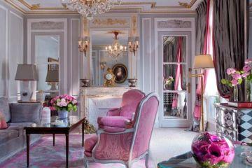 Prestige-Suite-Living-Room_