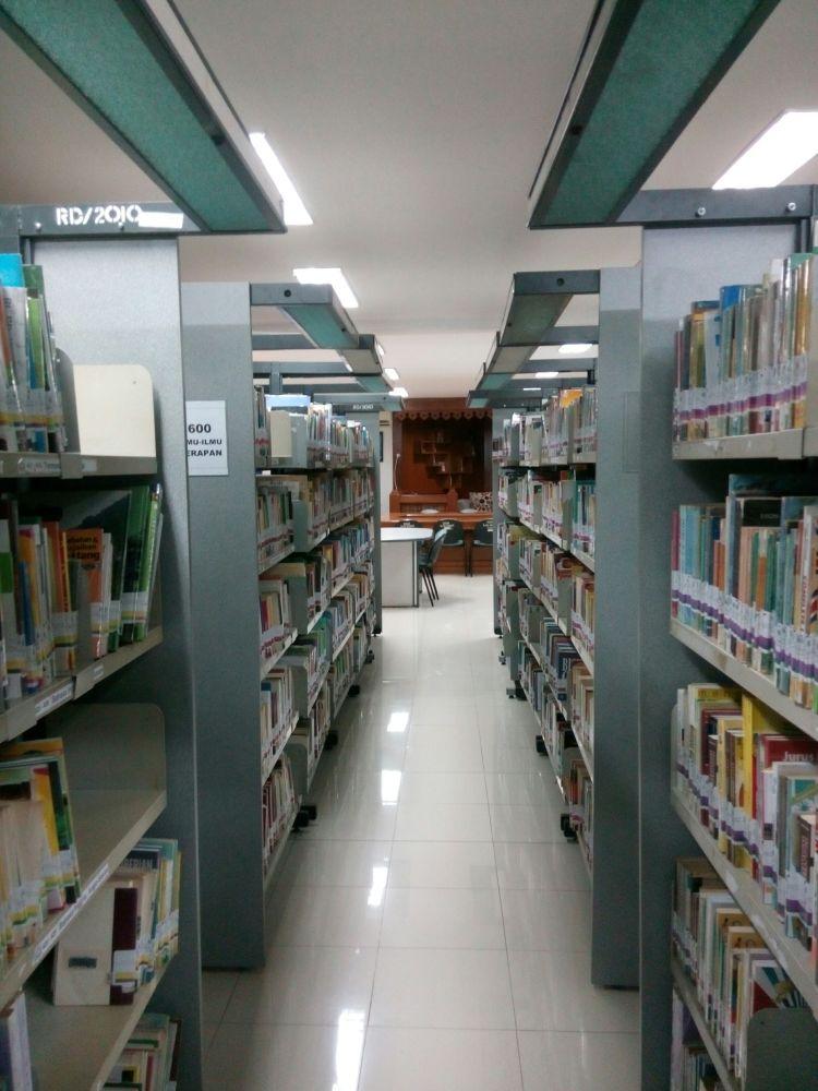 Buku Ensiklopedia SMP ~ Buku Perpustakaan SMP,Buku Bidang Kajian SMP,Daftar Harga Buku Perpustakaan SD/SMP