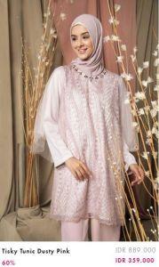 perempuan berbaju muslim