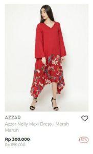 perempuan berbaju merah