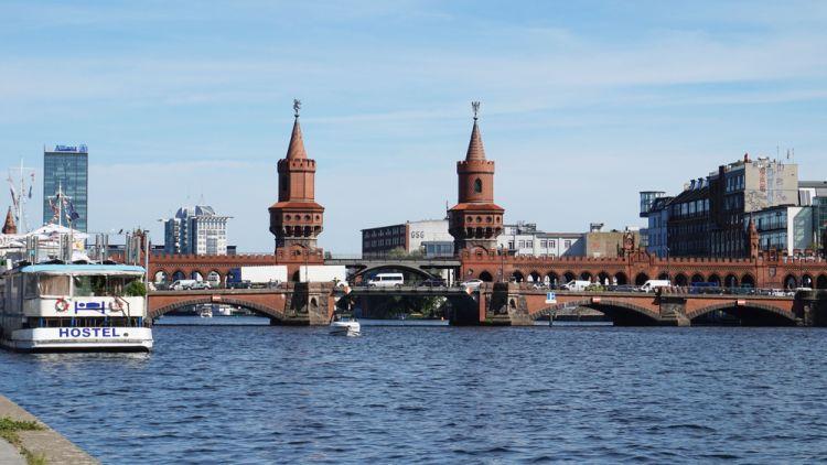 Tips Hemat Berlin - Oberbaumbrücke