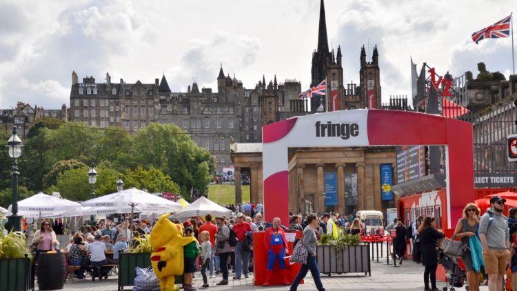 Festival gratis di Inggris_Edinburgh Festival Fringe
