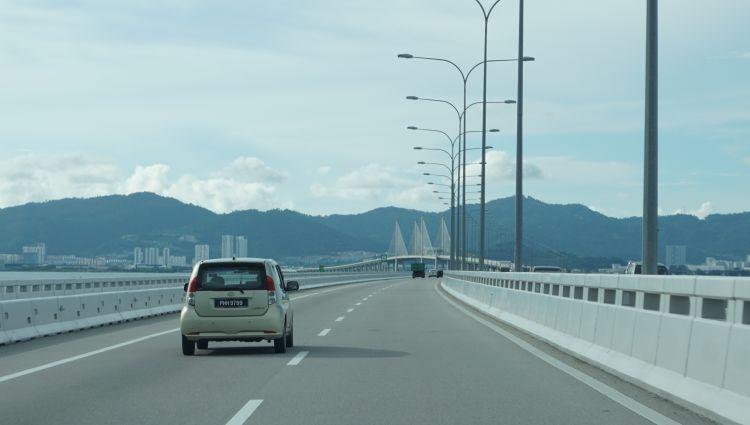 Jembatan Sultan Abdul Halim Muadzam Shah menuju Pulau Penang