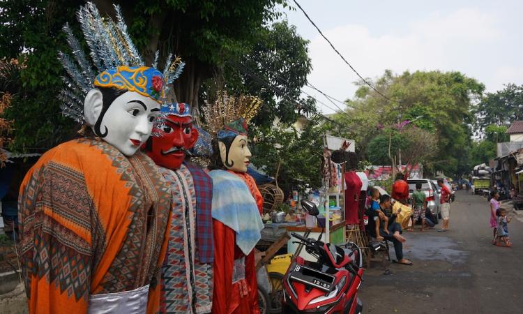 Bertamu ke Kampung Ondel-Ondel di Kramat Pulo | Wego Indonesia Travel Blog