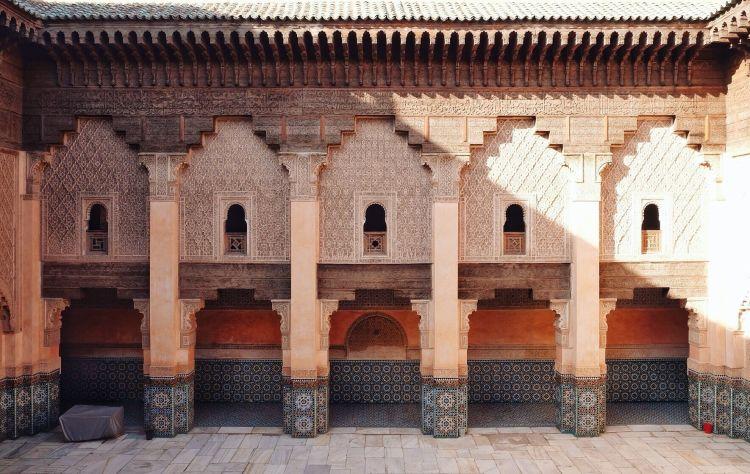 Eksterior bangunannya masih bagus sekali (foto: Mega Caesaria).