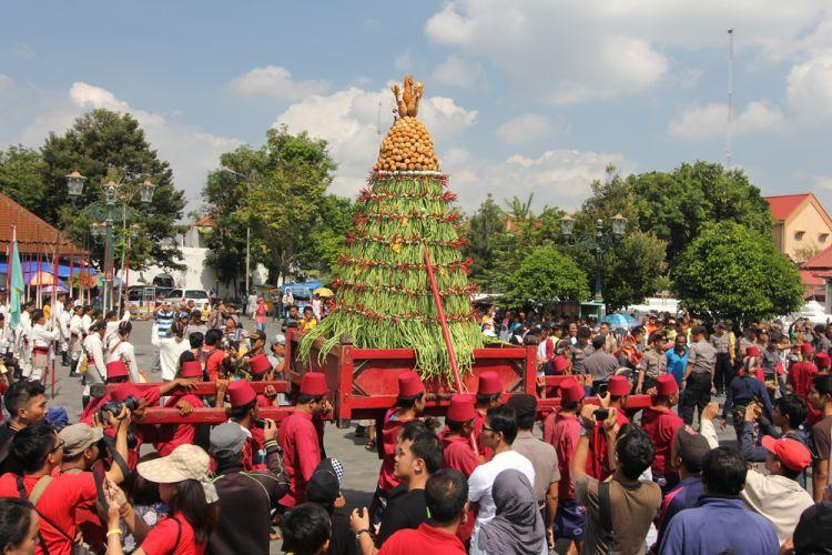 Kota dengan Festival Lebaran Unik - Grebeg Syawal, Yogyakarta