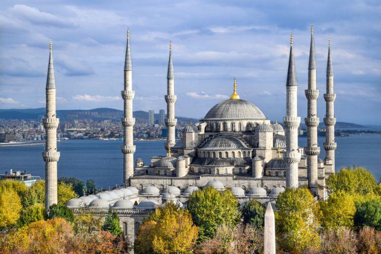 Arsitektur 10 Masjid Ini Pasti Bikin Kamu Berdecak Kagum Wego Indonesia Travel Blog