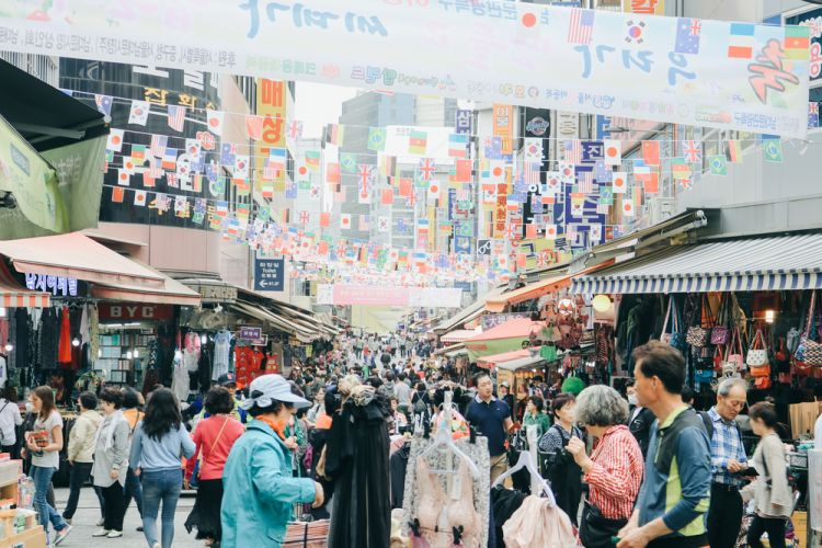 Wisata Belanja di Seoul - Namdaemun Market