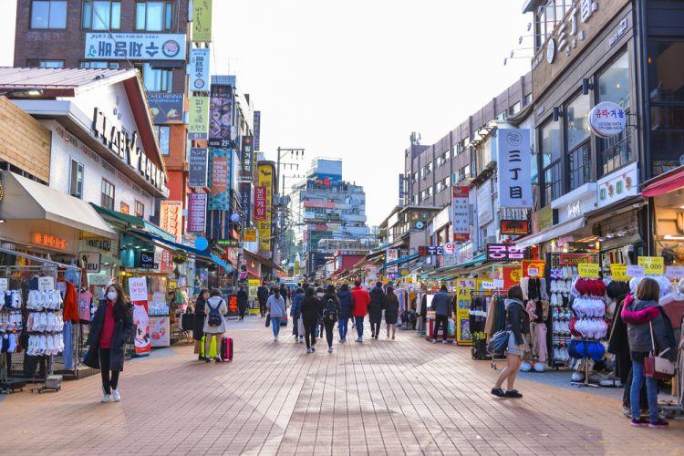 Wisata Belanja di Seoul - Hongdae