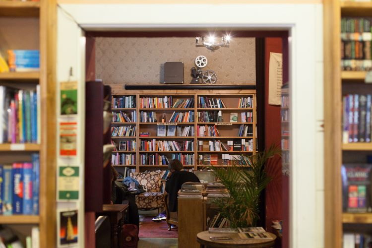 Shakespeare and Son - Toko Buku Indie di Berlin Jerman