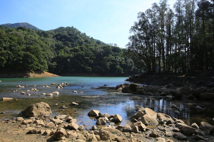 Shing Mun Reservoir - 5 Wisata Alam Hong Kong yang Cantik Dikunjungi Saat Musim Dingin