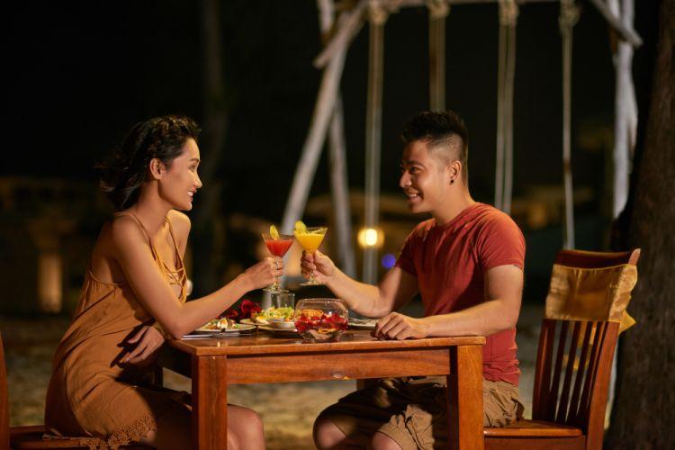 Makan Malam Romantis_Cara Jitu Menyambut Tahun Baru di Jakarta