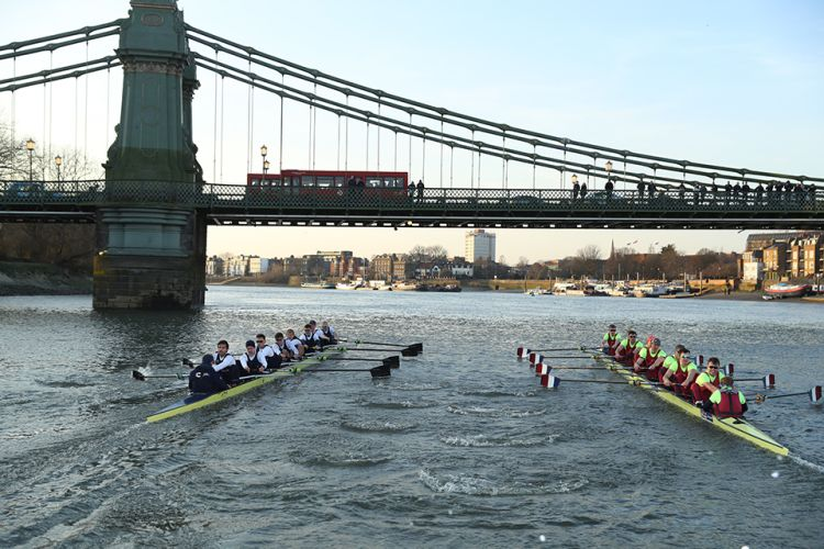 Oxford & Cambridge Boat Race_ Festival Unik di Inggris